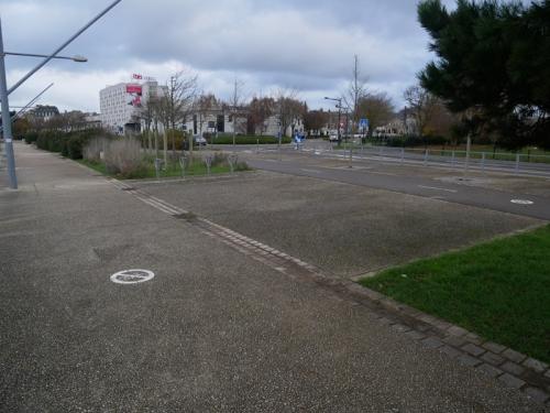 Photo de la sortie de la promenade au niveau du centre commercial Carrefour